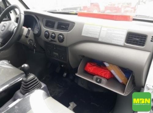 nội thất xe tải nhẹ dưới 1 tấn của Dongben